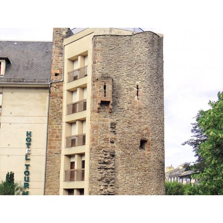 Башня Гросс (Tour Grosse)