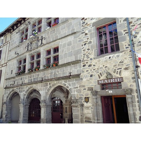 Дом эпохи Возрождения в  Мюр-де-Баррез  (Maison Renaissance de Mur-de-Barrez)