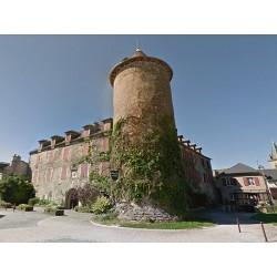 Замок Саль-Кюран (Château de Salles-Curan)